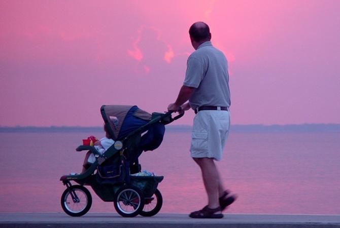 Ученые: мужчина, желающий стать отцом, должен рано ложиться спать