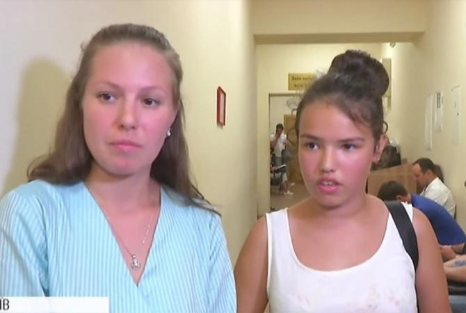 """Школьница, подавшая в суд из-за нового правописания: """"Не понимаю, как на таком языке можно общаться"""" [видео]"""