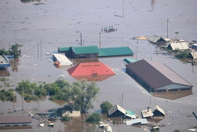Наводнение в России: уже есть погибшие, среди них – ребенок [фото, видео]