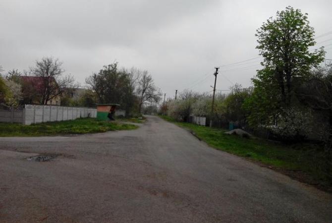 СМИ: в селе под Днепром играющим на площадке детям оторвало пальцы  [фото]