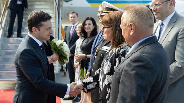 Зеленский прибыл с официальным визитом в Канаду
