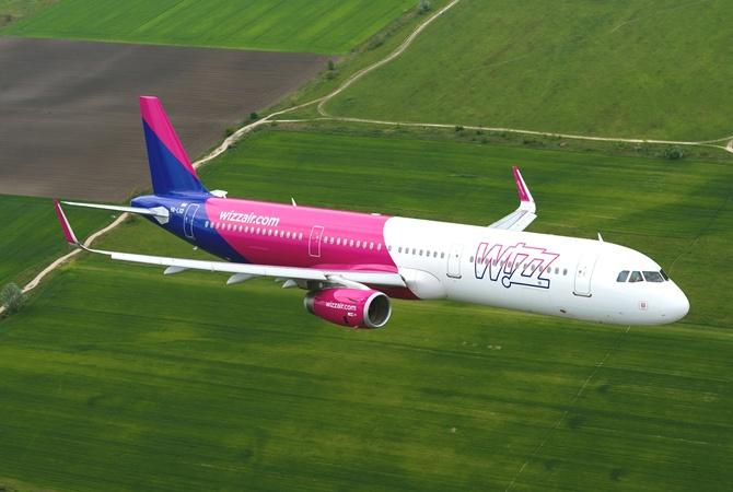 Wizz Air отменила часть августовских рейсов из Киева