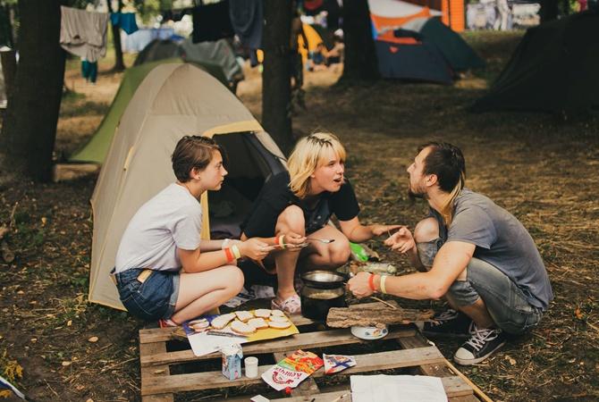 Количество отравившихся на рок-фестивале под Ровно увеличилось до 18 человек [фото]