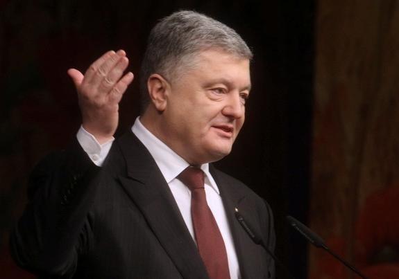 В ГБР снова хотят допросить Порошенко