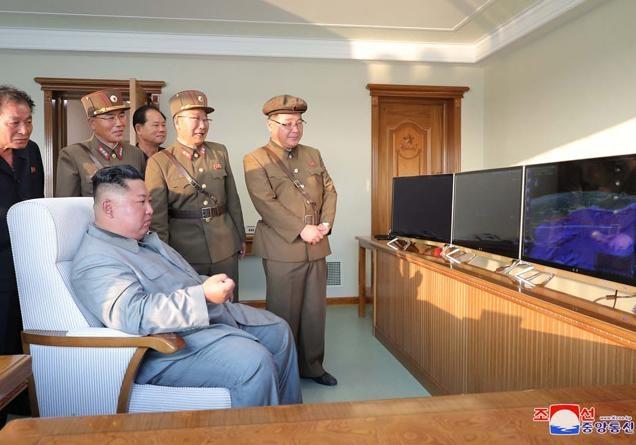 Северная Корея снова запустила несколько ракет