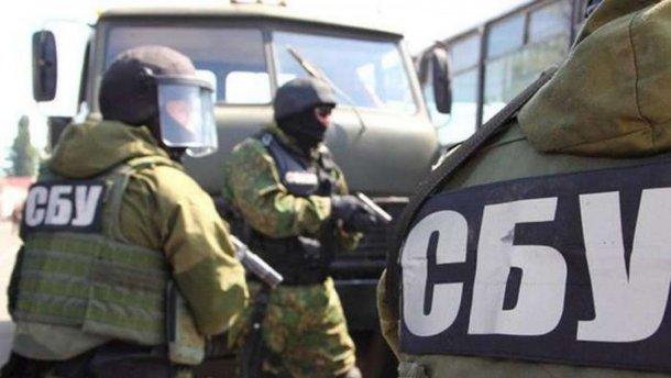 СБУ задержала гражданина РФ, который готовил диверсию на военном аэродроме: фото
