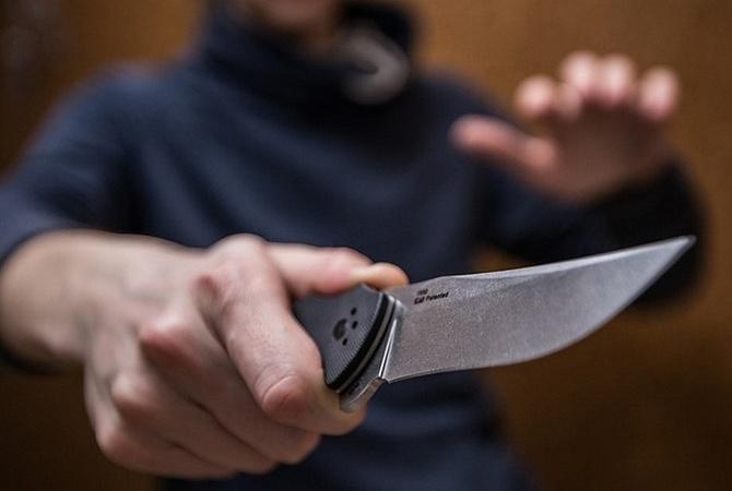 Суд в Николаеве избрал меру пресечения подростку, зарезавшему родного деда из-за компьютера