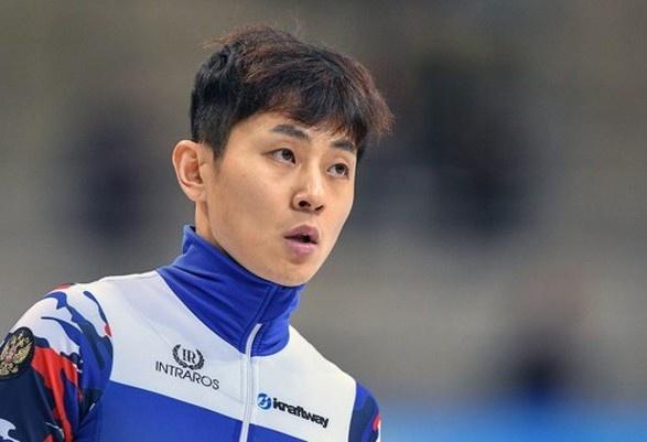 Олимпийского чемпиона дисквалифицировали за сексуальные домогательства к мужчине