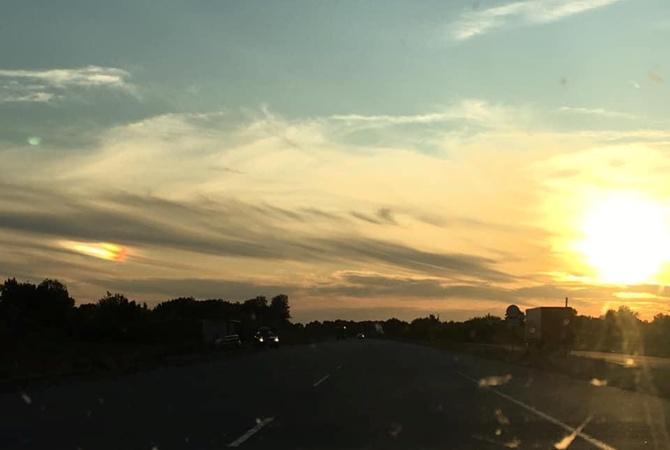 В Полтавской области в небе видели сразу два Солнца [фото, видео]
