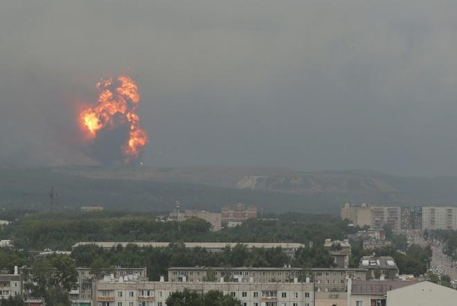 В результате двух взрывов вблизи Ачинска пострадали более 30 человек