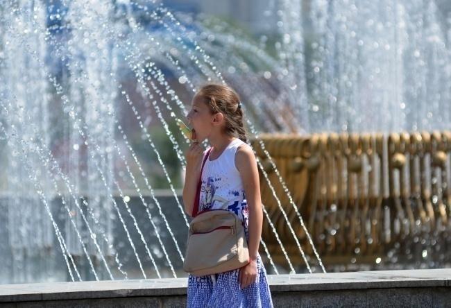 Сегодня днем, 12 августа, жара еще удержится на уровне 33-35 градусов
