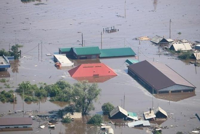 В Индии из-за наводнений погибли более 100 человек [фото]