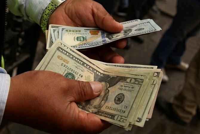 Доллар вместо гривны: может ли Украина перейти на иностранную валюту
