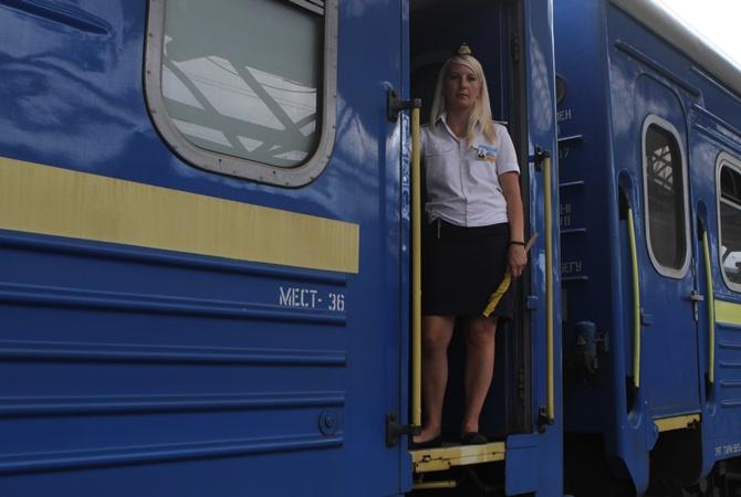 """В """"Укрзализныце"""" жалуются: пассажиры украли инвентаря на 400 тысяч гривен"""