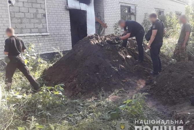 В Луганской области правохранители нашли тайник с оружием и боеприпасами [фото]