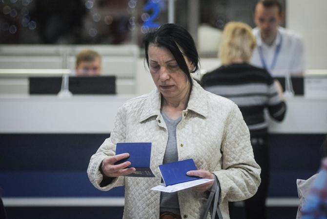 Киевлянка стала жертвой грабежа, а теперь вынуждена платить за мошенников