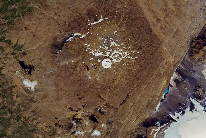 Исчезнование ледника Окьокулл: в NASA показали фото до и после [фото]