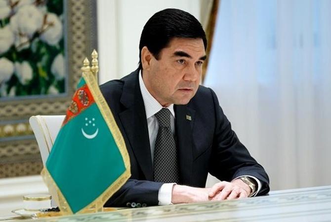 Президент Туркменистана хочет выкупить всю линейку российских лимузинов Aurus