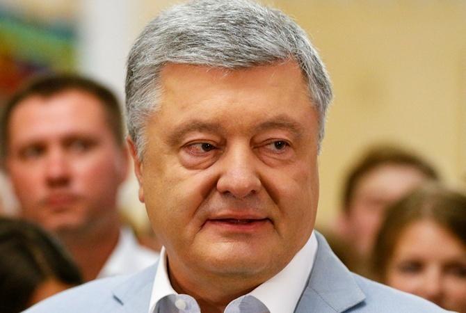СМИ: Порошенко записался в комитет по внешней политике
