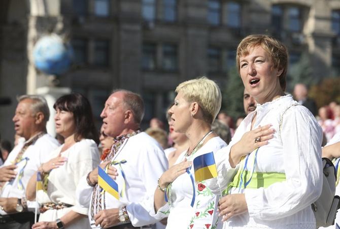 Украина празднует День Независимости без военной техники, но со звездами [онлайн-трансляция, фото, видео]