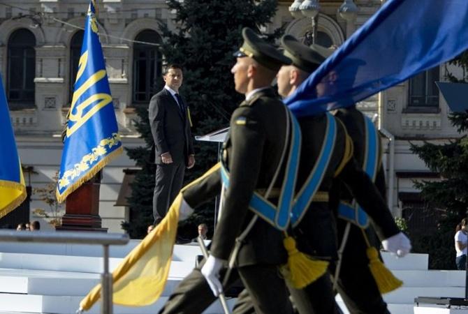 Эксперты о речи Зеленского: Обходил острые углы и озвучил новую риторику в сторону России