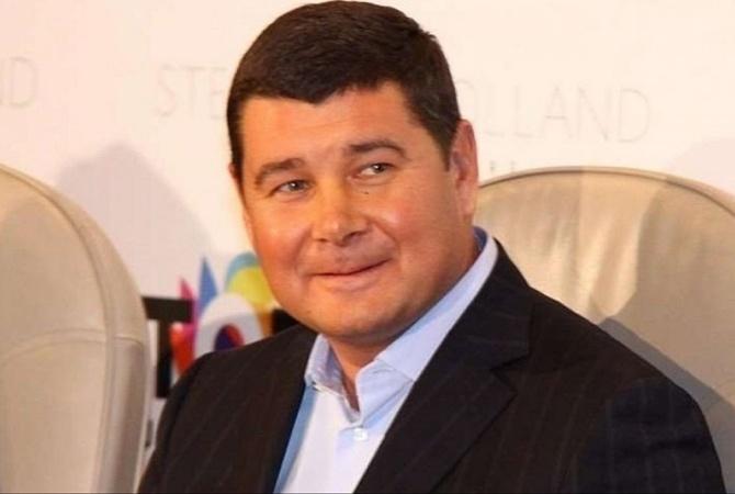 """Экс-нардеп Онищенко пообещал пока не """"добивать"""" Порошенко [видео]"""