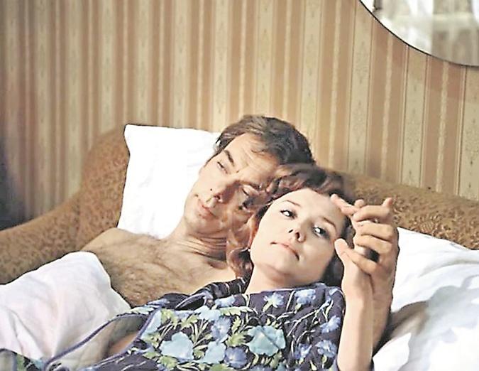 Мужчина и женщина: лучше завести кота, чем Женю Лукашина