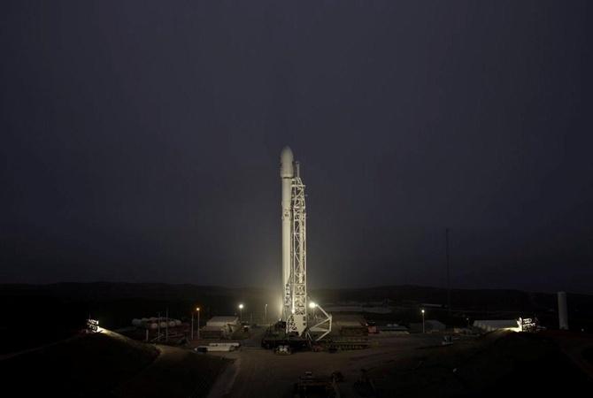 SpaceX успешно испытала космический корабль будущего Starhopper