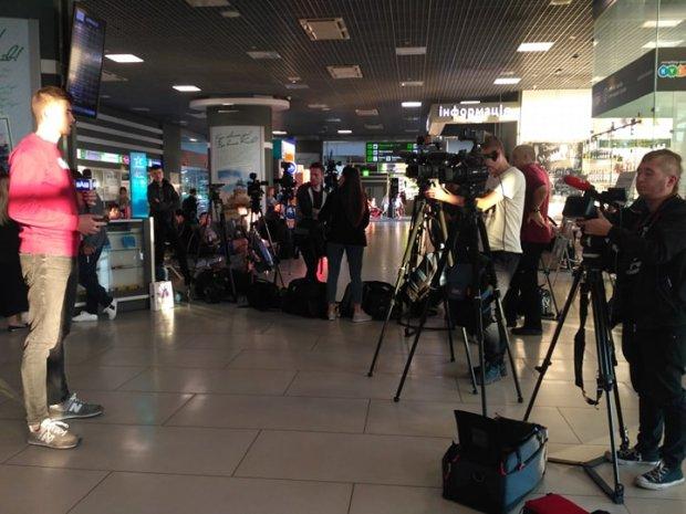 Украинские пленники Кремля должны были прибыть в Украину в 5:00: что известно на данный момент