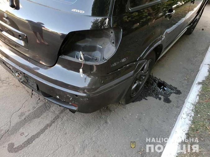 В Днепропетровской области взорвался автомобиль, в котором находился начальник отделения полиции