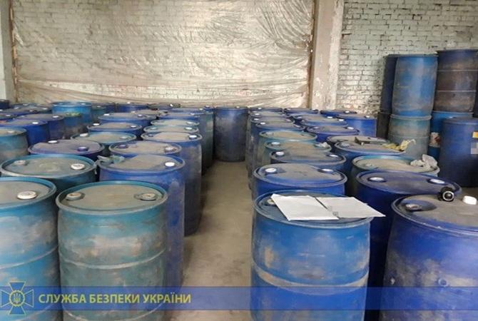 Во Львовской области изъяли партию контрафактного алкоголя стоимостью более 1 миллиона гривен [фото]