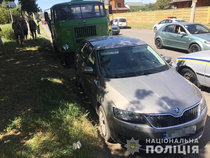 В Запорожье 7 пассажирок маршрутки пострадали в ДТП