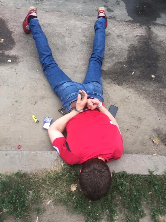 В Киеве обнаружили и закрыли нарколабораторию [фото]