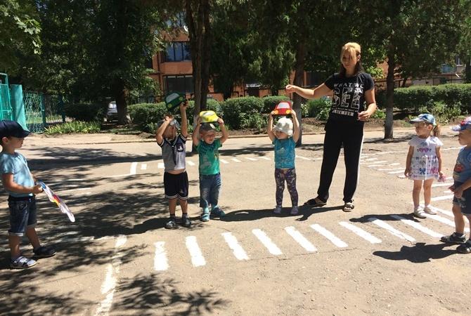В Харькове во всех детсадах и школах ищут взрывчатку