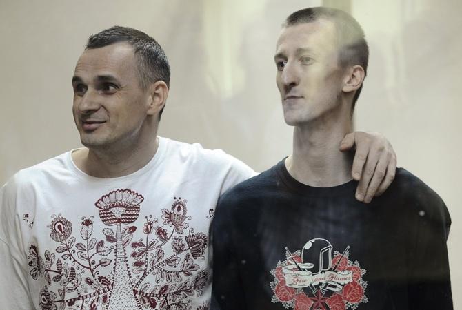 Сенцов и Кольченко дают первую пресс-конференцию после возвращения в Украину [онлайн]
