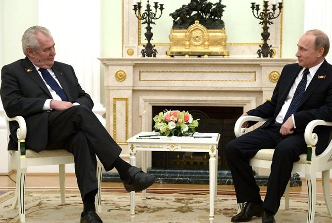 Президент Чехии принял русинов, которые хотят автономии в Украине