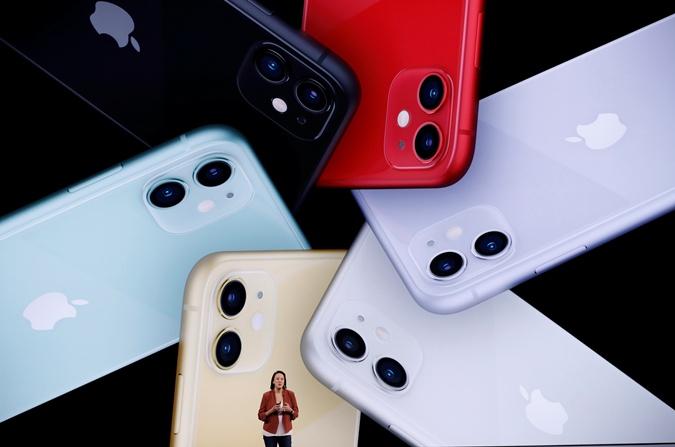 Apple представила новые iPhone: 3 камеры, ускоренная зарядка и более мощный процессор [фото]
