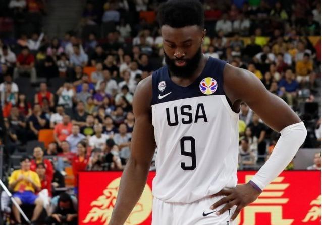 Сенсация: сборная США по  баскетболу проиграла впервые за 13 лет [видео]