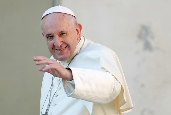 Папа Римский выступил против пожизненного заключения