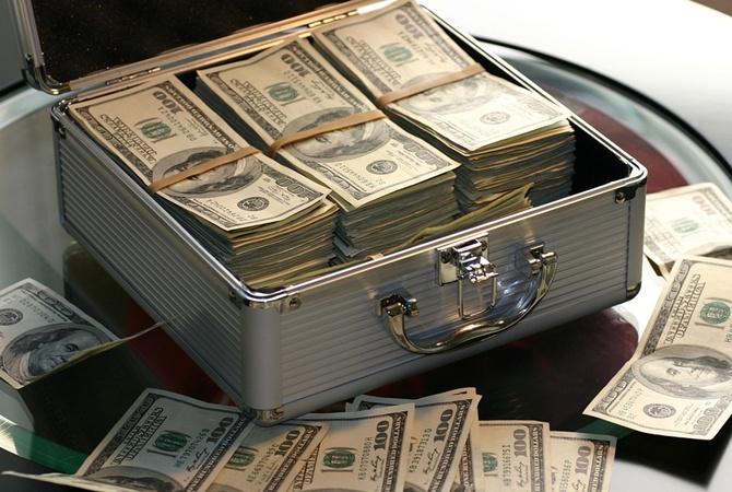 Дефицит бюджета в США побил антирекорд