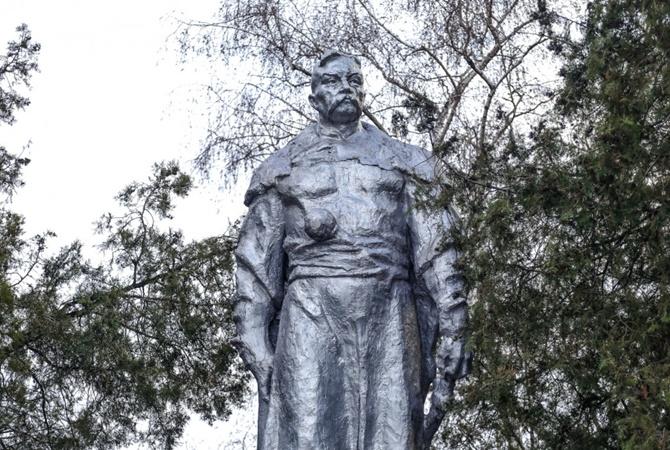 На родине Зеленского уже второй Богдан Хмельницкий может остаться без руки