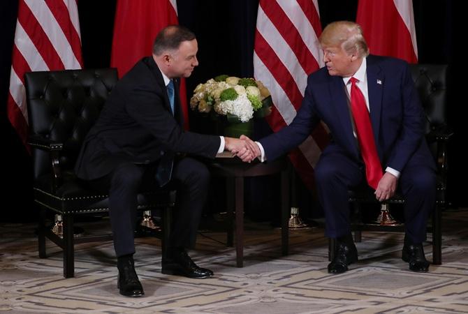 Дуда и Трамп заключили военную декларацию об увеличении войск [видео]