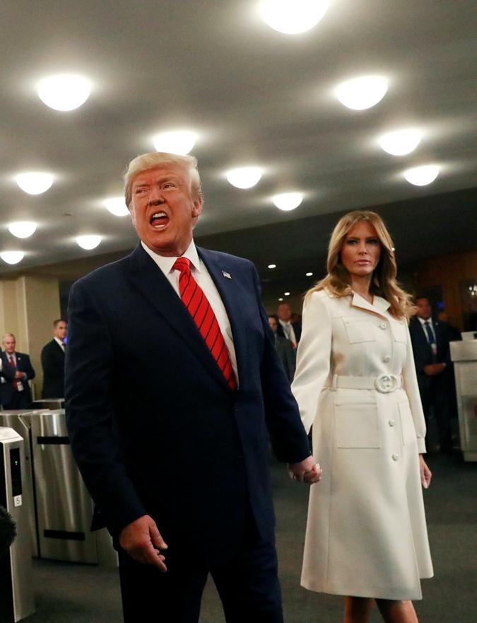 Мелания в пальто, Иванка в костюме: в чем пришли на открытие Генассамблеи ООН женщины Трампа