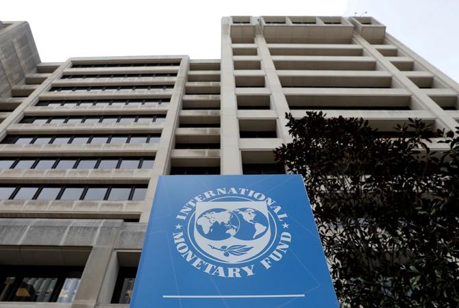 Он улетел, но обещал вернуться: сколько мы протянем без кредитов МВФ