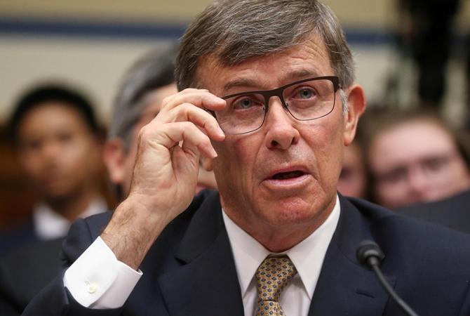 Глава разведки США объяснил, почему поверил анонимному информатору в деле Трампа  [перевод жалобы]