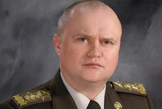 Зеленский уволил Демчину, но разрешил носить военную форму