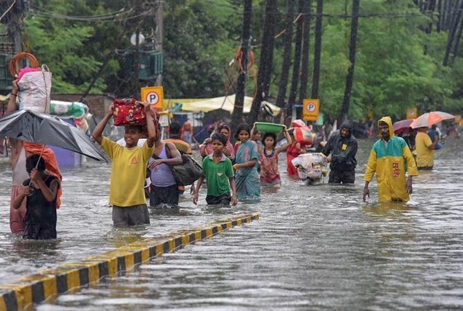 В Индии 80 человек погибли из-за муссонных ливней