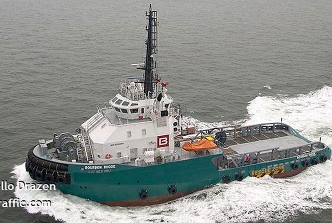 В Атлантическом океане во время шторма исчезло судно с украинцами