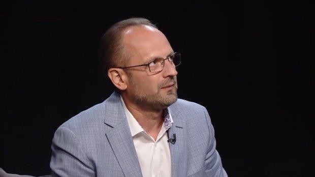 О каких рисках свидетельствует первое заседание Рады: эксклюзивное интервью с Бессмертным
