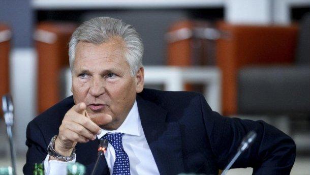 Поднимание рук – это физкультура, а не парламент, – Квасневский о работе украинской Рады